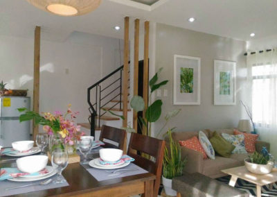 Aolani Dining and Living area